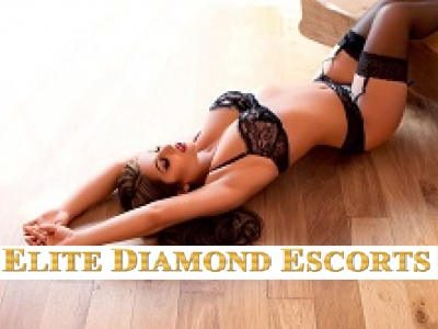 A professional picture of Alayna who you can book from Elite Diamond Escorts any time