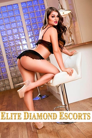 A sumptuous image of Alayna available at Elite Diamond Escorts any time